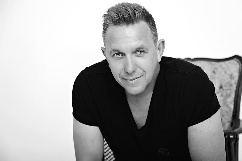 Piano & Voice Popper Péter zenész